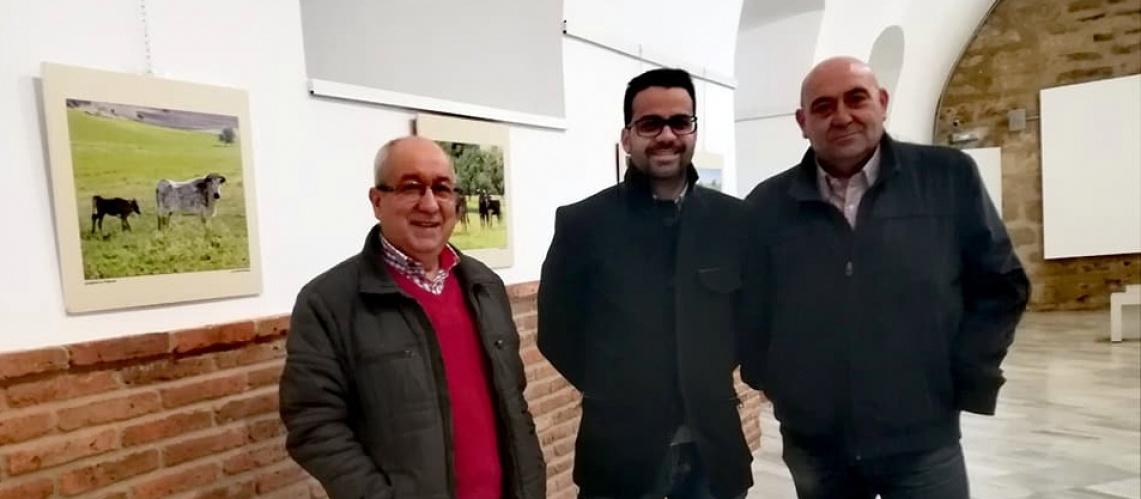 Olivença inaugurou exposição de fotografia taurina