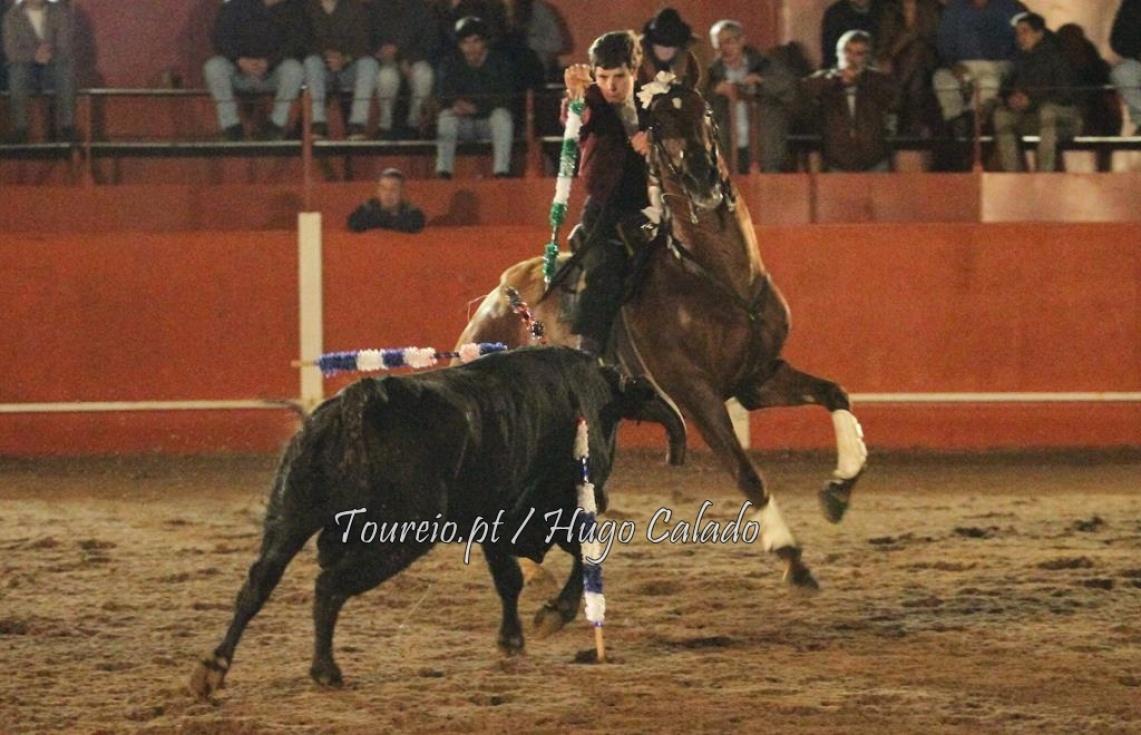 Cortes Jr deu nas vistas em Vila Boim (c/fotos)