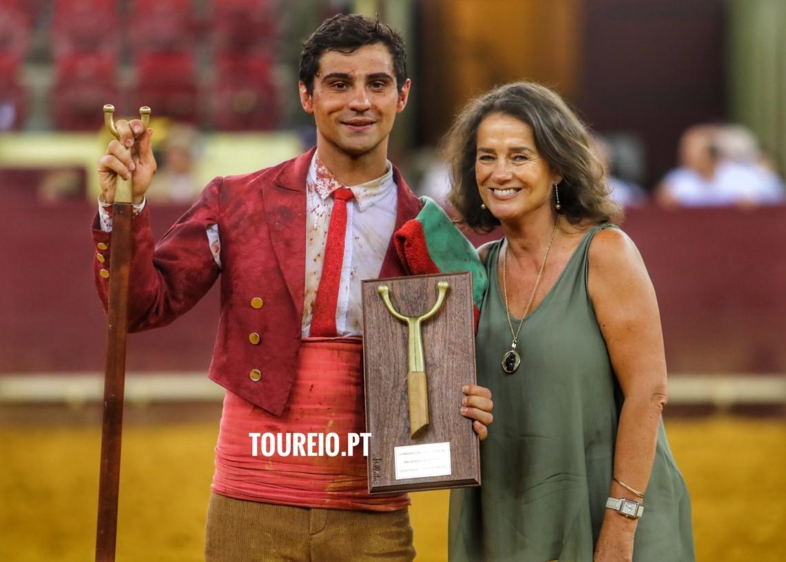 Forcados do Ramo Grande vencem prémio em noite de homenagem aos Açores