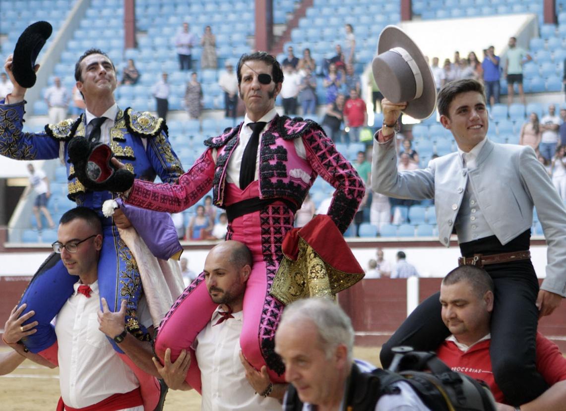 Guillermo Hermoso de Mendoza triunfa em Leon perante touros portugueses